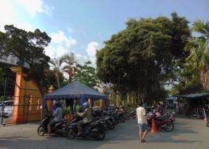 area-parkir-pasar-satwa-pasty-jogja