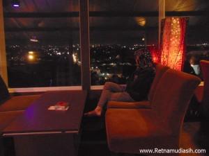 rheNEO-sky-lounge-hotel-grand-tjokro-jogja