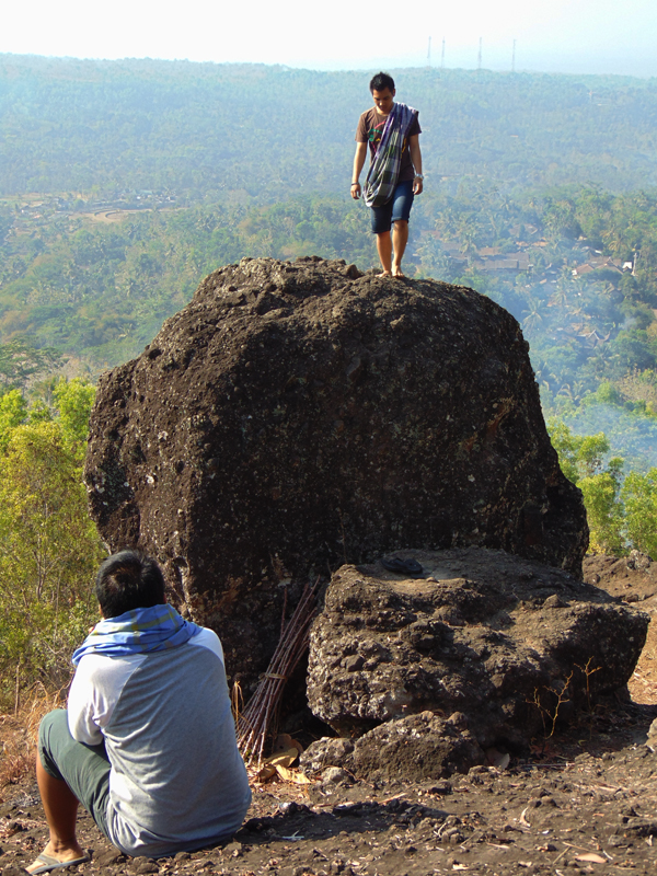 destinasi-wisata-gunung-kidul-bukit-watu-gede