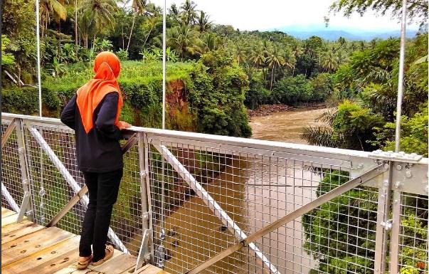pemandangan_jembatan_duwet_sungai_progo