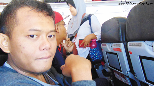 pengalaman_terbang_air_asia