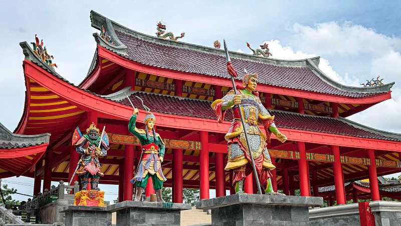 Wisata Religi di Semarang yang Instagramable Klenteng Sam Po Kong