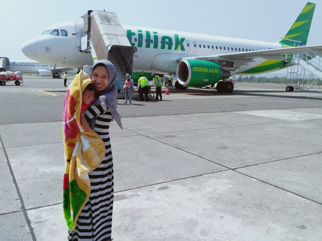 Pengalaman Membawa Bayi Naik Pesawat Citilink